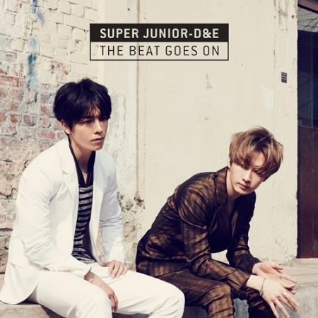 Super Junior D&E- The Beast Goes On 1